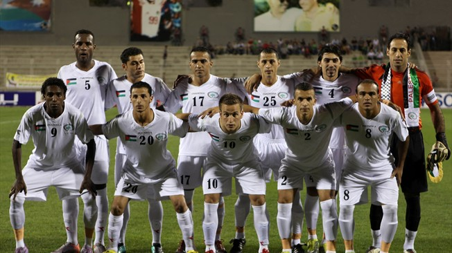 <!--:en-->Palestinian football relieved by a Chilean revolution<!--:-->