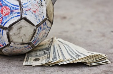 <!--:en-->Is money the most important motivational factor in football?<!--:-->